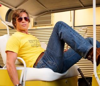 Brad Pitt su un Golf Cart