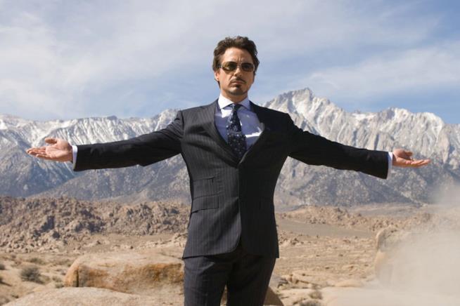 Agli albori del MCU Tony Stark da una dimostrazione della sua potenza