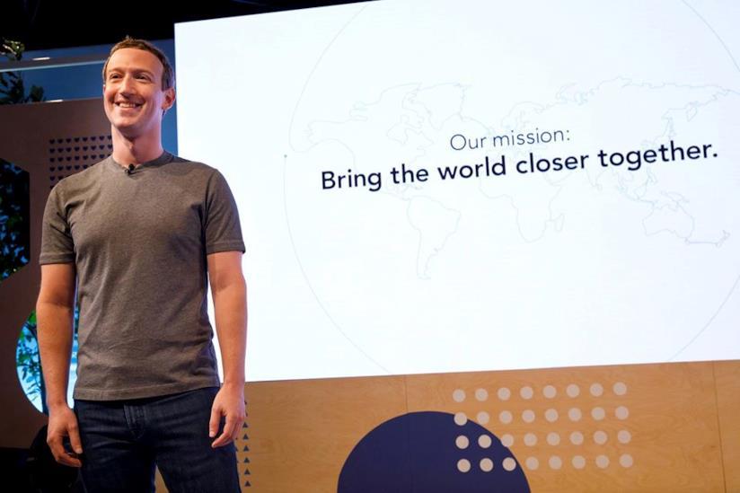 In primo piano Mark Zuckerberg, fondatore di Facebook