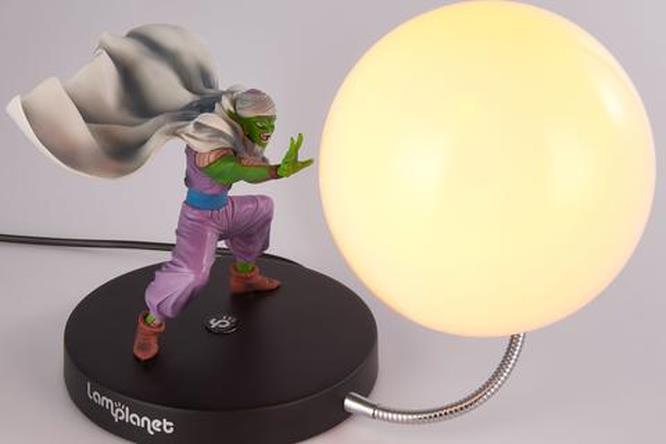 La lampada di Lamplanet che raffigura Junior pronto a lanciare la sua Onda dell'argimento demoniaco