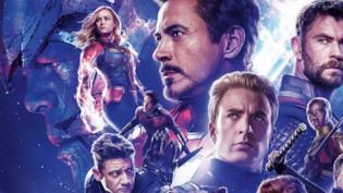 Un primo piano di alcuni Avengers nel poster internazionale di Endgame