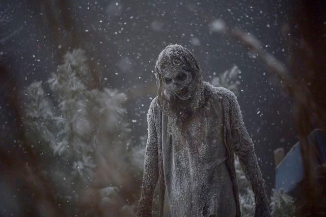 The Walking Dead 9x16: uno zombie