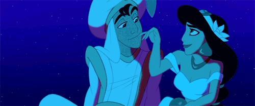 GIF di Aladdin sul tappeto