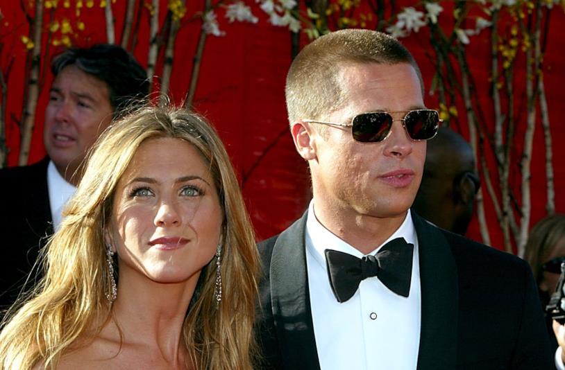 Primo piano di Jennifer Aniston e Brad Pitt