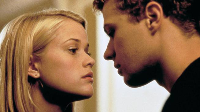 Reese Witherspoon e Ryan Philippe in Cruel Intentions