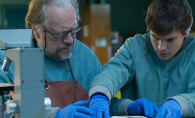 scena di The Autopsy of Jane Doe