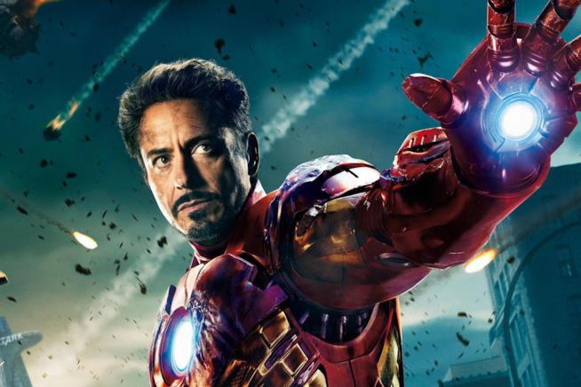 Iron Man in un dettaglio del poster ufficiale di The Avengers