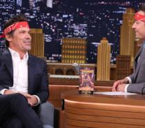 Josh Brolin da Jimmy Fallon per festeggiare I Goonies