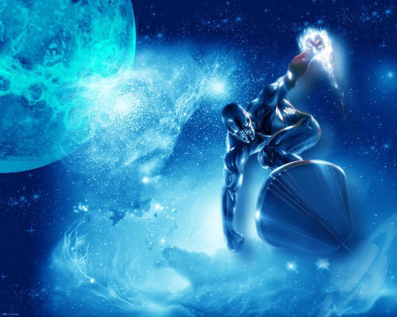Silver Surfer sfreccia nel cosmo