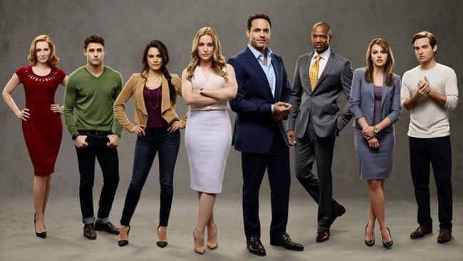 Il cast della serie TV Notorius