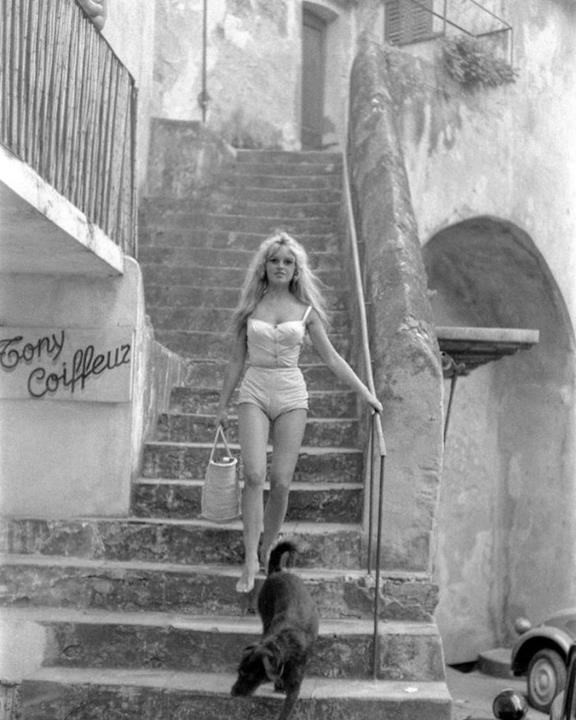 1958: Brigitte Bardot a Saint Tropez