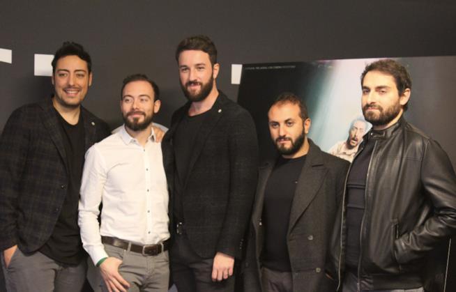 Una foto di gruppo dei The Jackal