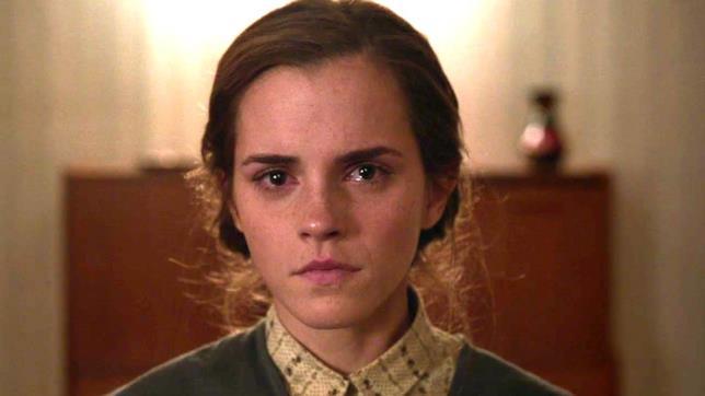 Primo piano di Emma Watson in Colonia
