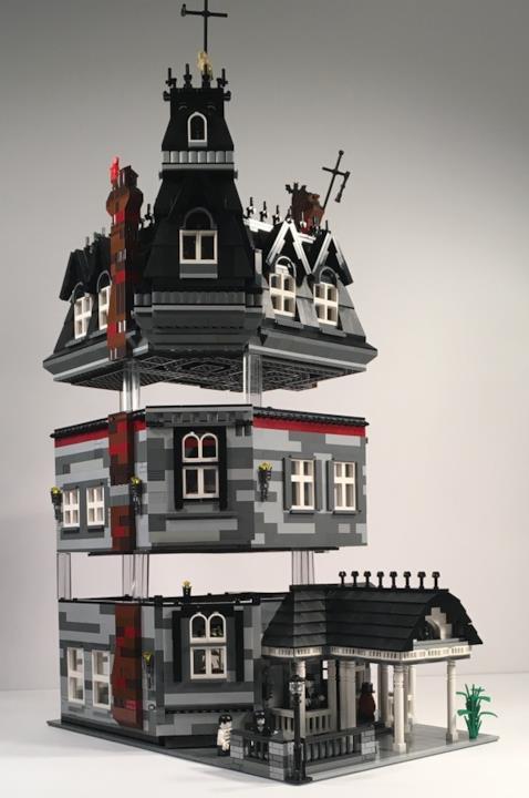 Dettagli sulla costruzione della casa della famiglia Addams di LEGO