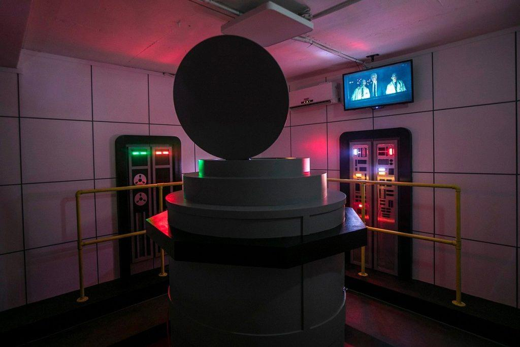 Una delle stanze dell'escape room di Stranger Things: il laboratorio