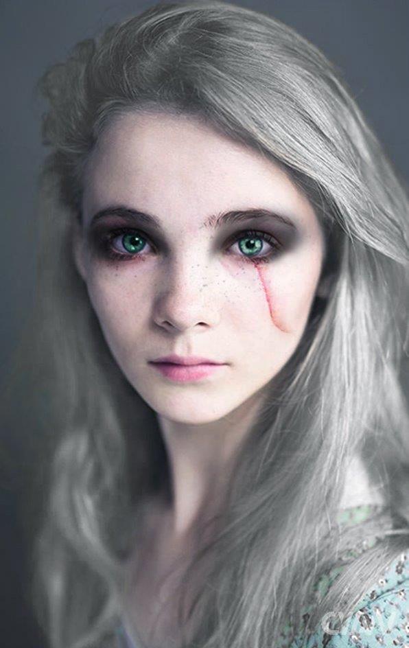 Un fotomontaggio di Freya Allan con il look di Ciri