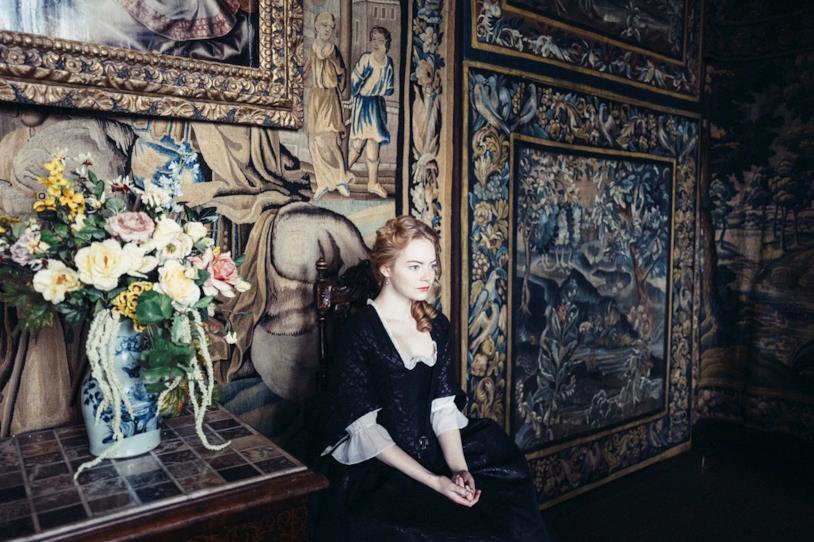 L'attrice Emma Stone, una delle protagoniste del film di Yorgos Lanthimos