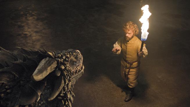Tyrion e un drago di Daenerys a Meereen