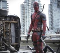 Deadpool nella prima immagine ufficiale del film
