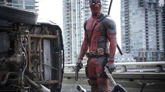 Deadpool con pistole spianate