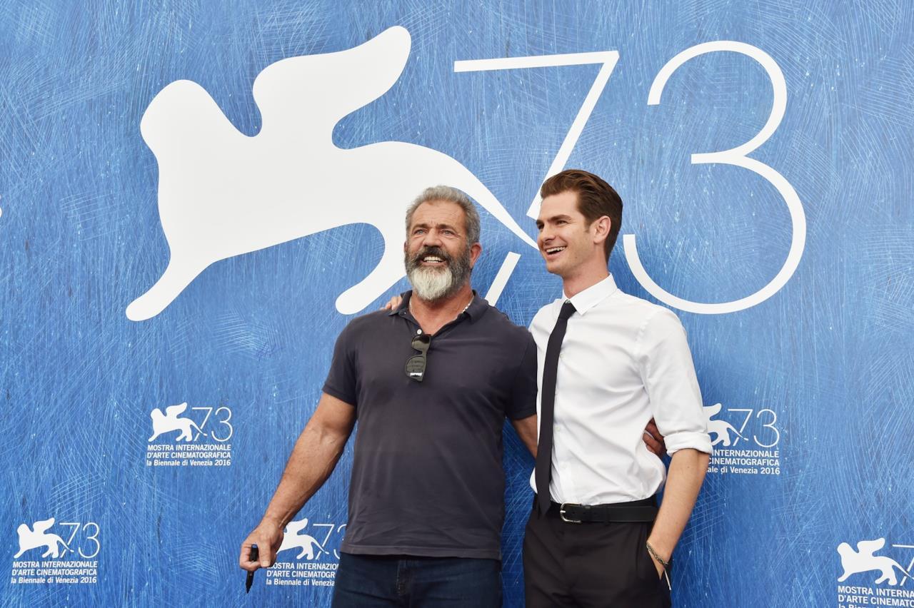 Mel Gibson e Andrew Garfield a Venezia 73