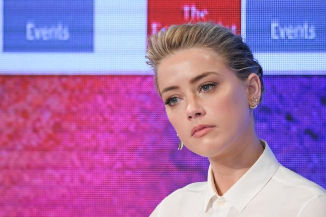 Primo piano di Amber Heard