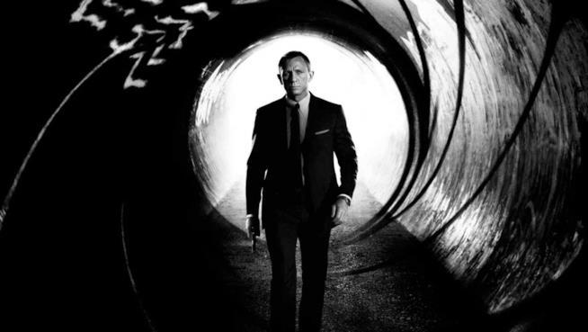 James Bond (Daniel Craig) al centro del mirino