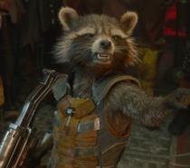 Un primo piano di Rocket Racconn in Avengers: Infinity War