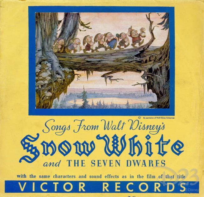 La copertina del disco della colonna sonora di Biancaneve i sette nani