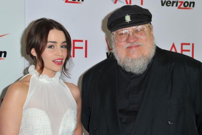 Emilia Clarke con George R.R. Martin nel 2012