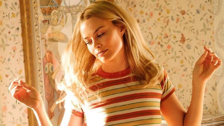 Sharon Tate, interpretata da Margot Robbie