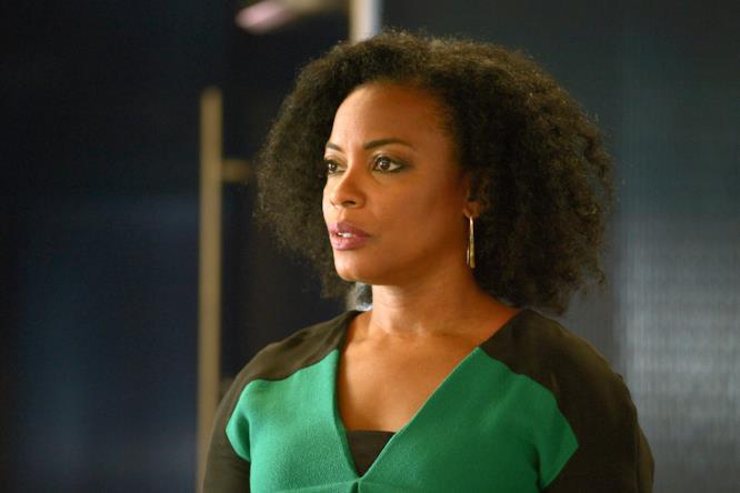 Miranda Shaw è interpretata da Aunjanue Ellis