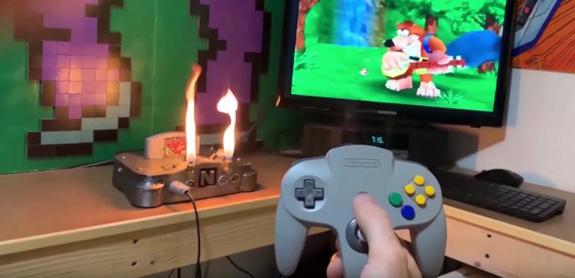 La Nintendo 64 in fiamme creata da BitHead1000