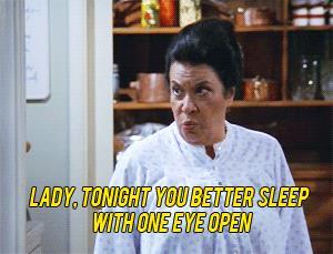 Rosario minaccia Karen