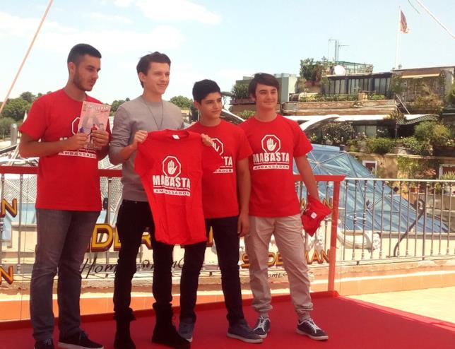 I giovani sostenitori della campagna anti-bullismo MaBasta
