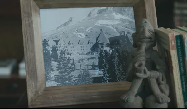 L'Overlook Hotel nel trailer di Shining