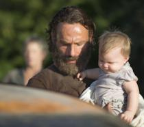 Rick Grimes e la piccola Judith in The Walking Dead