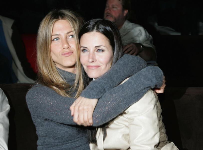 Jennifer abbraccia Courteney