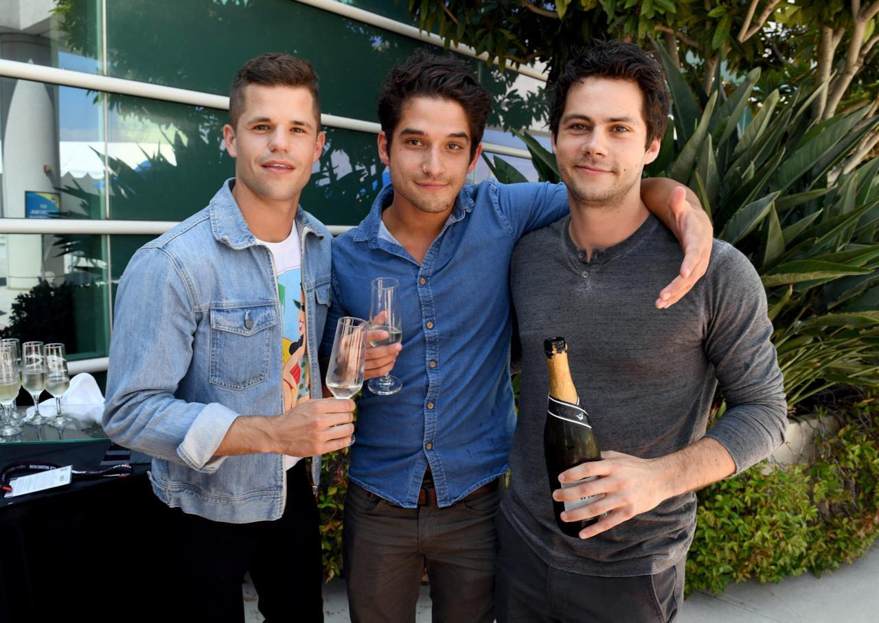 Charlie Carver, Tyler Posey e Dylan O'Brien dietro le quinte del photoshoot del SDCC