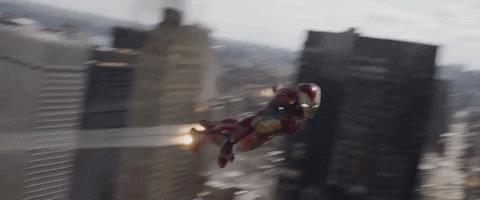 Iron Man in volo sulla città di New York nel film Avengers: Endgame