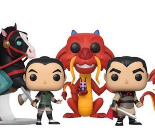 I 5 Funko Pop! che raffigurano 3 personaggi principali del film Mulan in differenti posizioni