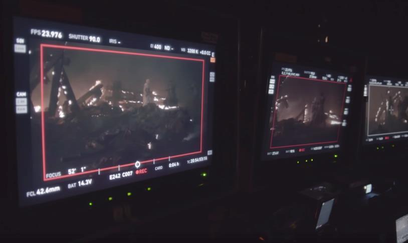 Emilia Clarke e Iain Glen sul set in Game of Thrones 8x03
