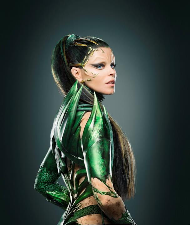 Particolare del nuovo costume di Rita Repulsa