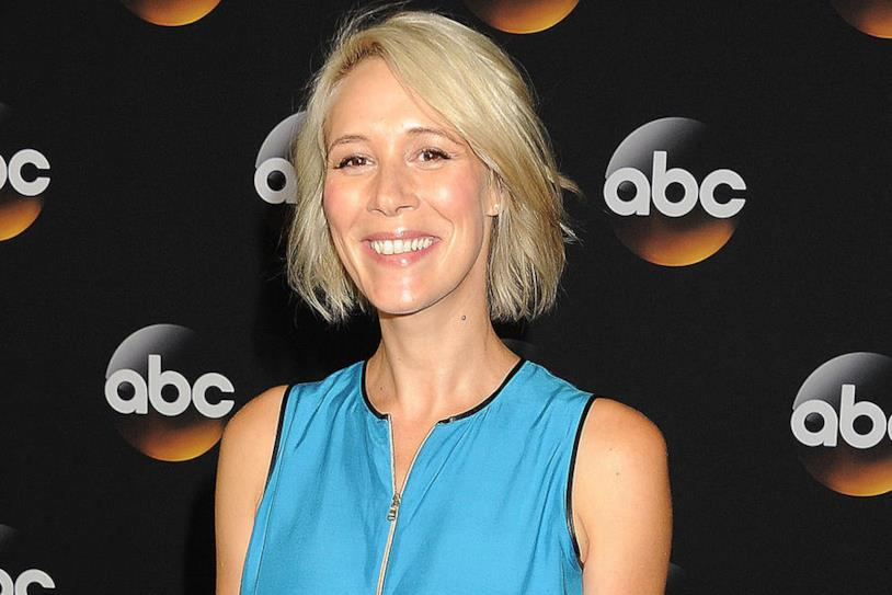 Liza Weil interpreta Paris Geller