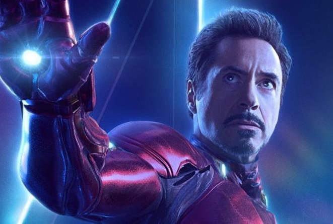 Robert Downey Jr. nei panni di Iron Man in un poster promozionale di Avengers: Infinity War