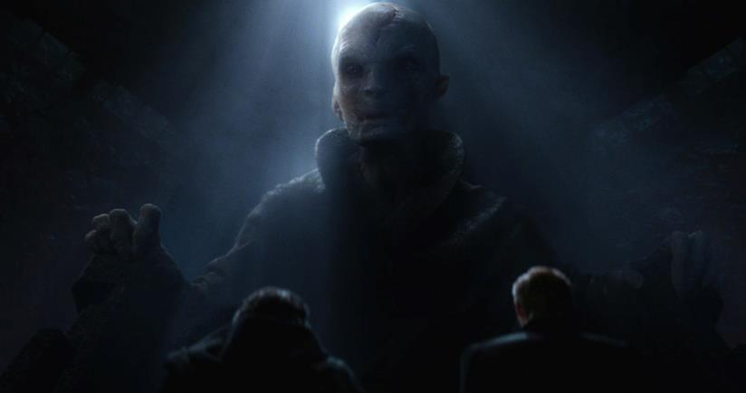 Snoke nell'ultima scena di Star Wars: Il Risveglio della Forza