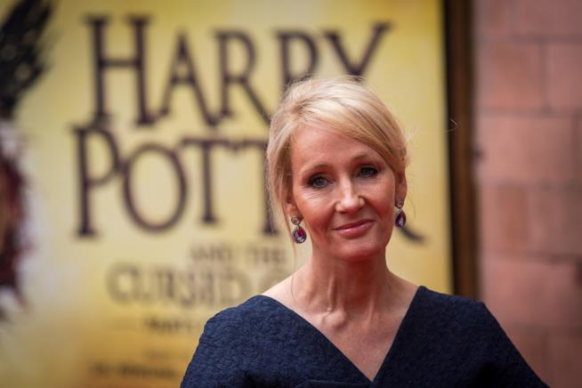 Primo piano della scrittrice J.K. Rowling