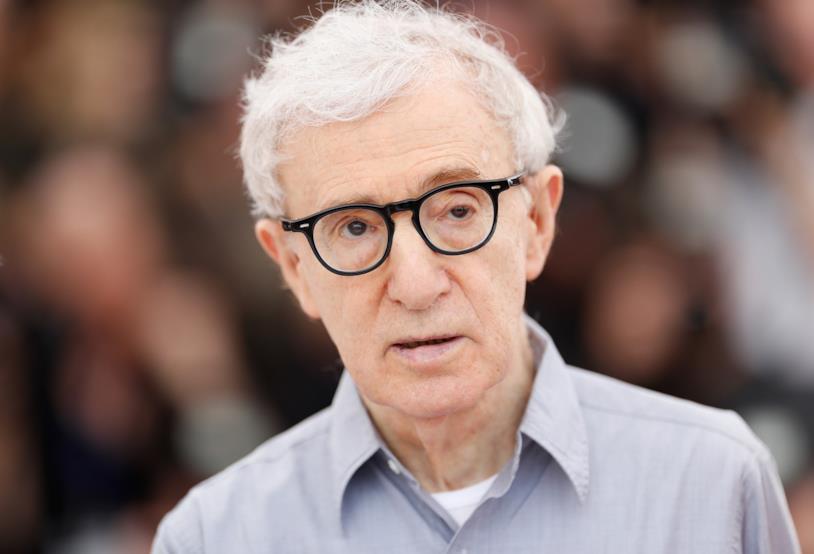 Un primo piano di Woody Allen