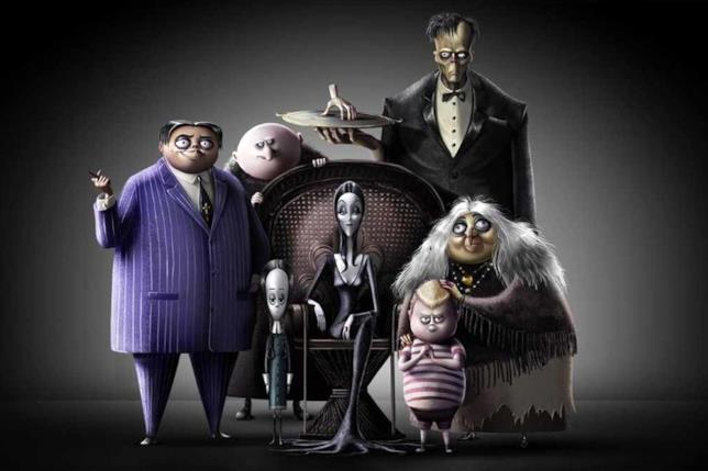 I membri della famiglia Addams al completo, nella loro versione animata