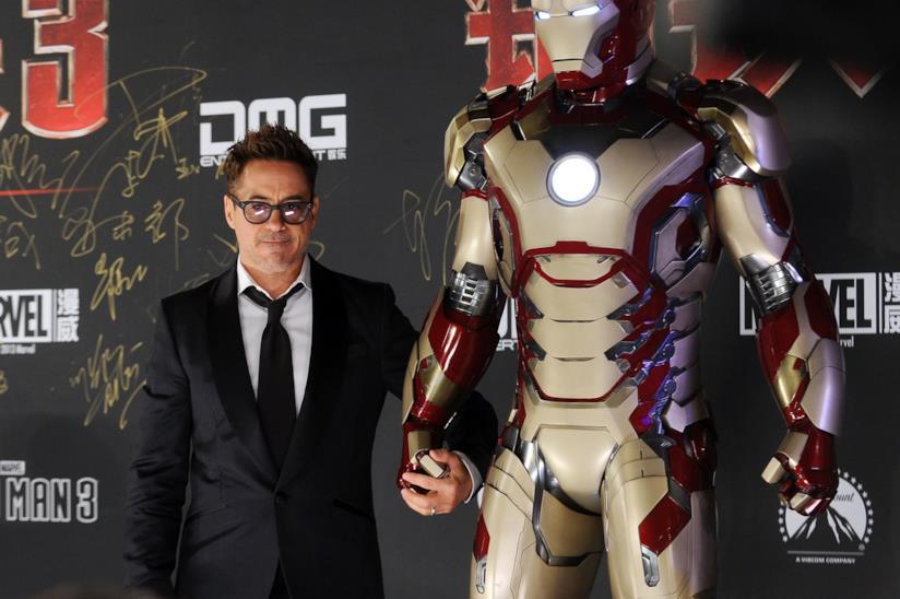 "Robert Downey Jr. ""accompagna"" Iron Man alla premiere cinese di Iron Man 3"